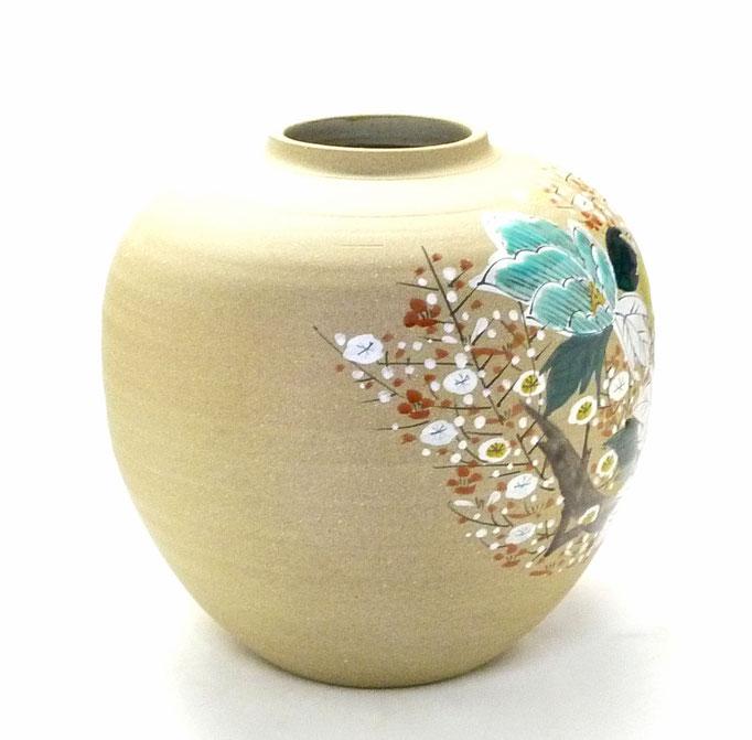 九谷焼通販 おしゃれな花瓶 花器 金箔 牡丹 梅 横からの図