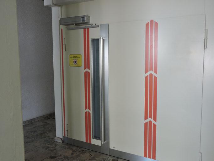 Lifttüre automatisiert im Kanton Luzern