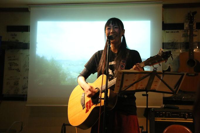 2017.12.28写真展「公園の角を駆け抜けてvol.1」ライブ ~Music Photo Live~ 萌江