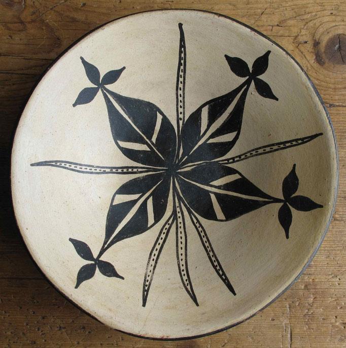 """3289 Kewa/Santo Domingo Dish c.1940 2.5x9.25"""" $450"""