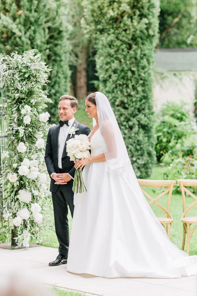 Clarissa & Kai </br> luxury italien chic wedding </br> @Morrhof    </br></br> view gallery
