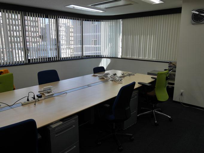 事務所スペース。まだガランとしています。
