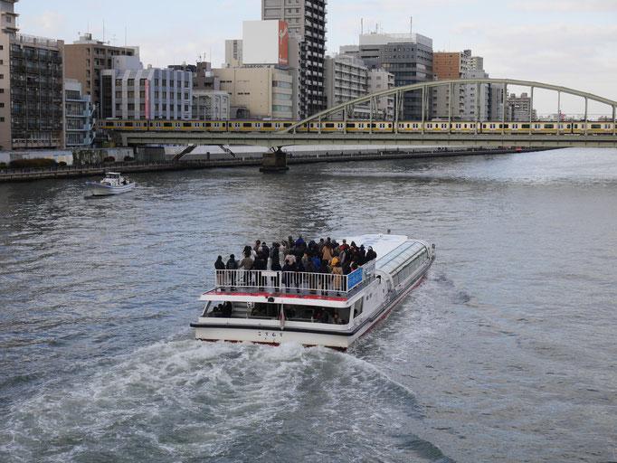 隅田川に限らず、東京には遊覧船が増えましたね。