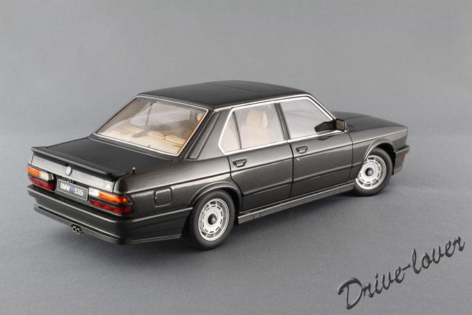 BMW M535i Diamond Black metallic Autoart 75162
