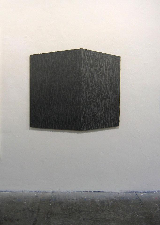 Stiftshaus, 2010, Bleistift auf Papier auf Holz,110 x 122 cm.
