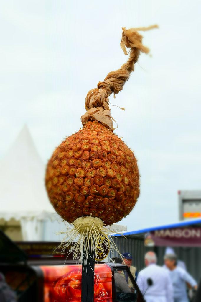 Zwiebel aus kleinen kouign amanns