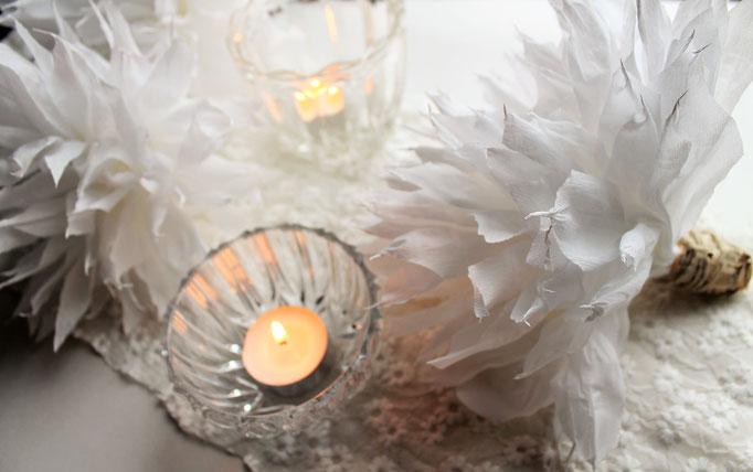 Tischdekoration Hochzeit ,HOchzeitsdekoration, Wabenball, Papierball, Deko für den Tisch