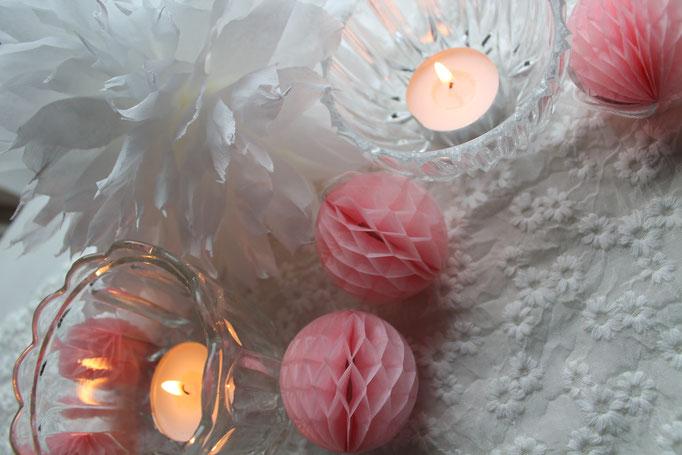 Tischdekoration Hochzeit ,HOchzeitsdekoration, Wabenball, Papierball, Deko für den Tisch,Mini Pompons Hochzeit