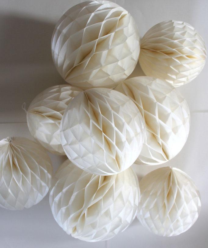 Pompons, Papierball, Dekoration zur HOchzeit, Hochzeitsdekoration, Eventdekoration, Dekoration,Pompon Hochzeit