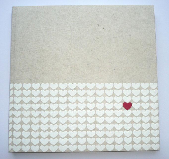 Gästebuch mit Namen Hochzeit, Hochzeitsgästebuch, schlichtes Gästebuch individuell, Gästebuch mit Herz Herzchen weiß