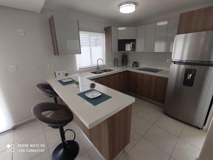 cocina  casa muestra brianzzas residencial