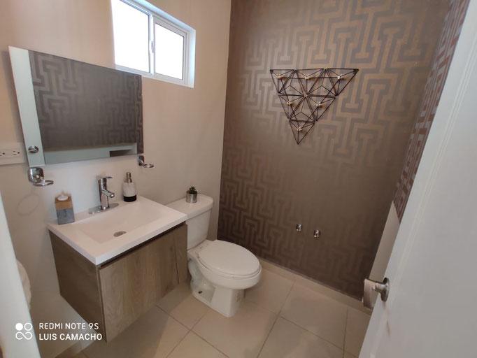 medio baño casa modelo veneto arezzo residencial dominio cumbres