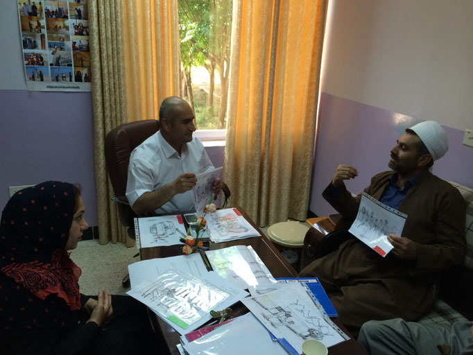 Test de la boite à images avec un représentant religieux, Chamchamal, Irak