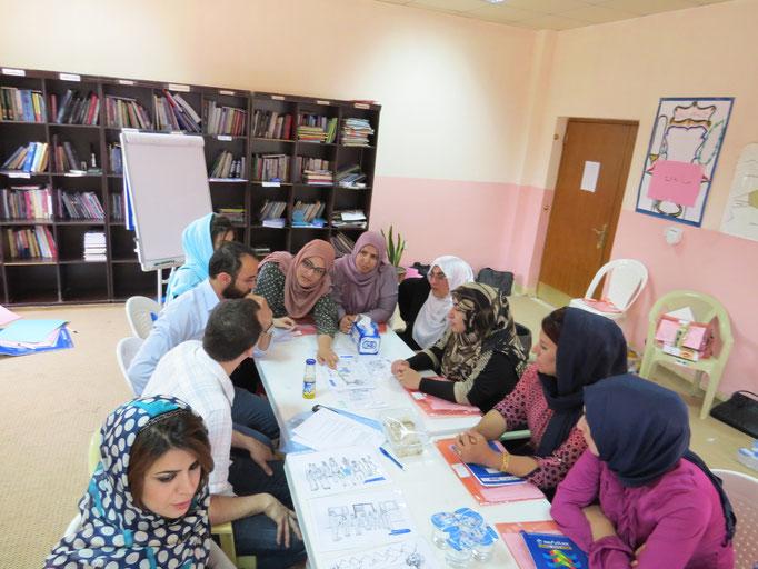 Adaptation de la boite à images avec des instituteurs, Darbanhikhan, Irak