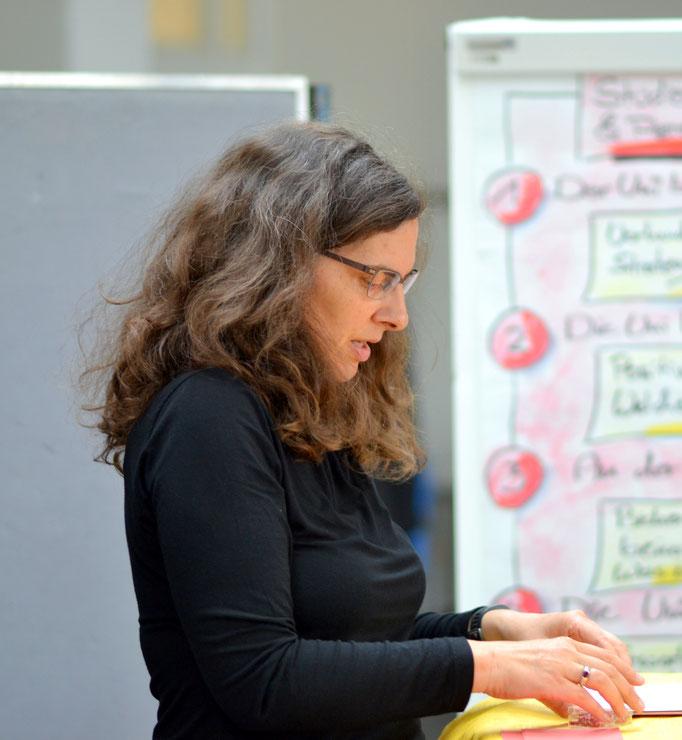 05.19 World Café zum 20. Geburtstag der Studierwerkstatt der Universität Bremen (Foto: Gabi Meihswinkel)