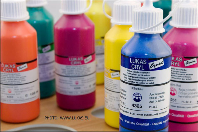 LUKAS CRYL liquid artist's colors by LUKAS