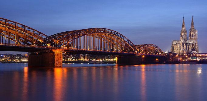 Köln - Cologne - Hohenzollernbrücke