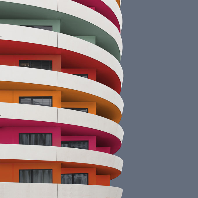 Images commissioned by Adobe Germany. Colorized architecture photography by Paul Eis with Adobe Photoshop. Minimal facade design.