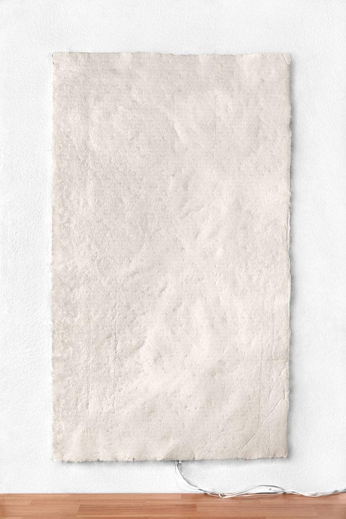 """Buchkunst/ Sound/ """"meine Haut"""" / 100 × 172 cm"""