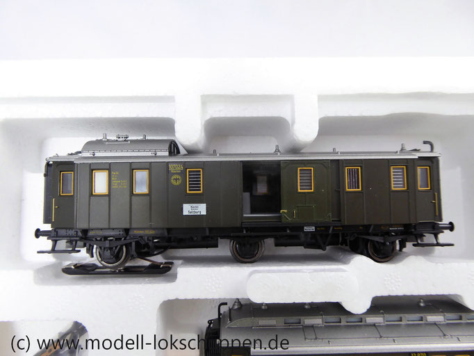 Märklin 43973 Wagen-Set ´Oldtimer-Personenzug´ Dreiachsige Personenwagen der DRG