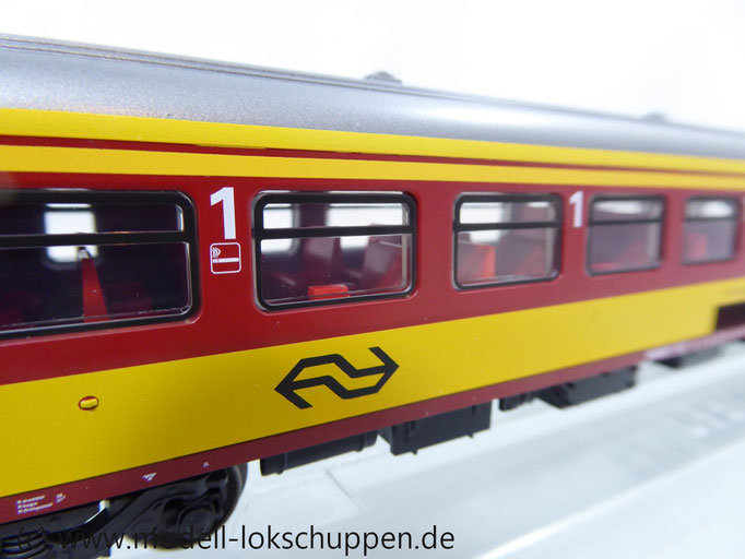 Märklin 42647 Inter-City Schnellzugwagen der NS 1.Klasse