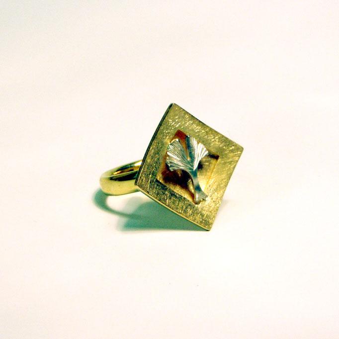 Ring Ginkgoblatt Gold 750