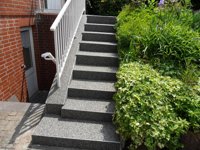 Steinteppich Außentreppe