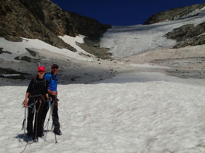 En bas de la pente raide du Glacier de l'Invernet