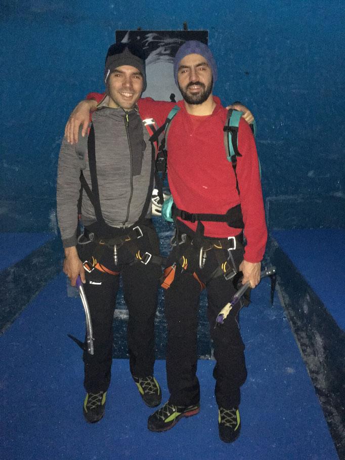 Les 2 frères réunis sous La Mer de Glace
