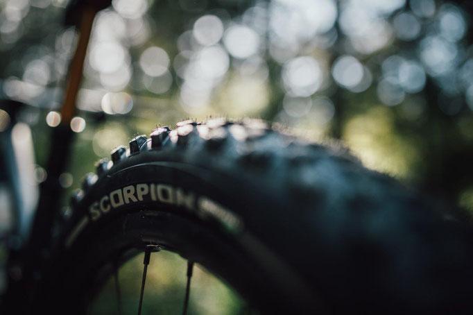 PIRELLI new gravity tyres prototype @Isaac Wallen / Jim Topliss