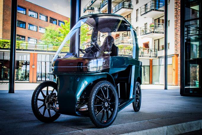 Das Auto-E-Bike CityQ kommt nach Deutschland