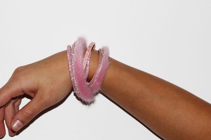 Rosa Wickelarmband 85€