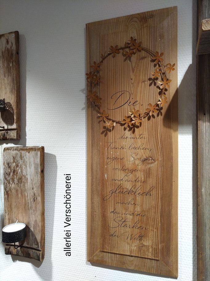 Tafel aus Altholz, 23 x 63 cm mit Metallkranz, Fr.   165.-     Abholung oder Lieferung möglich, kein Versand
