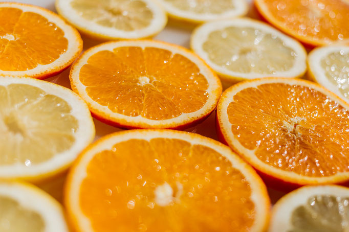 Naranjas: Vitamina C, ácido fólico y pectina son sus principales nutrientes.