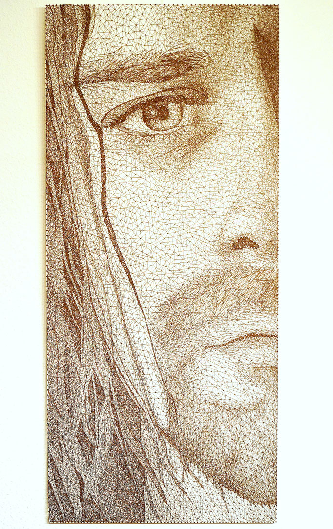 string art porträt nr. 42   -   106 x 47 cm   -   Kurt Cobain   -   available