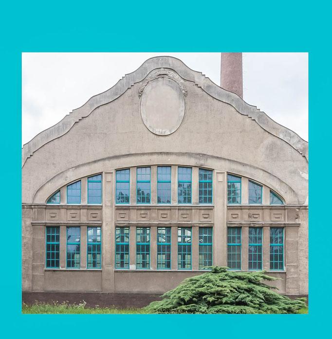 Blick auf das alte denkmalgeschützte Turbinengebäude des Wasserwerkes Stolpe