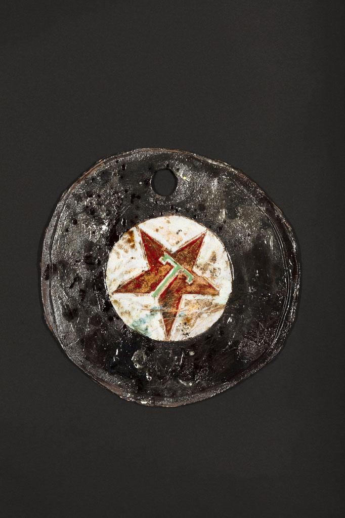 LONE STAR 2021 Relief, glasierte Keramik 36 x 36 x 2 cm