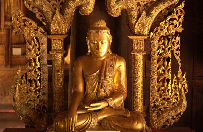 Buddha;  Schule der Achtsamkeit
