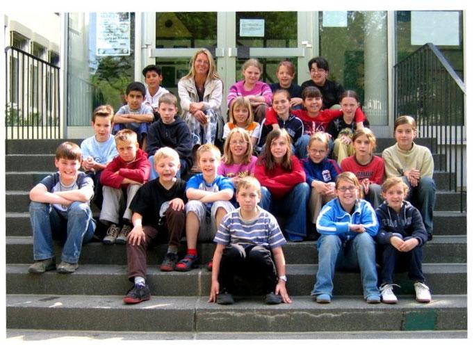Abgänger 2004 (Gutenberg) - Klassenlehrerin Frau Brandner
