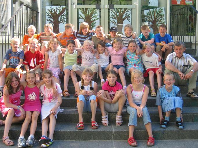 Abgänger 2005 (Gutenberg) - Klassenlehrer Herr Hense