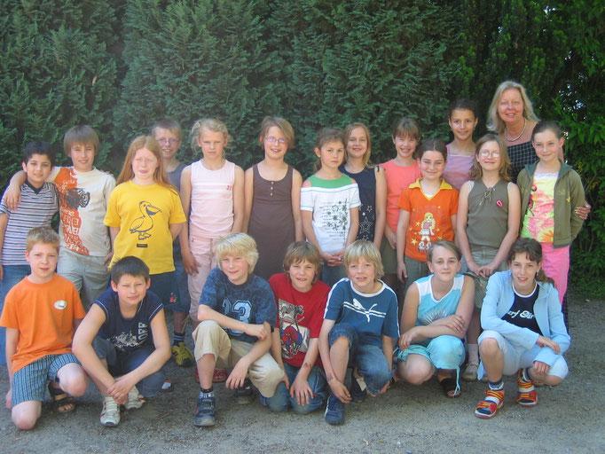 Abgänger 2006 (Gutenberg) - Klassenlehrerin Frau Roth