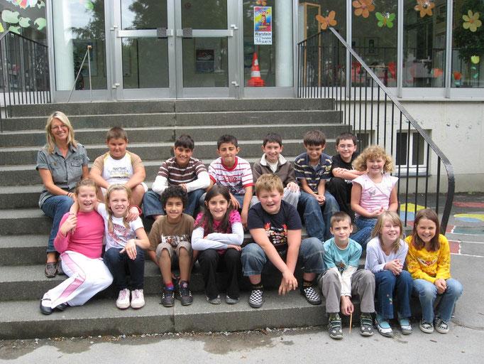 Abgänger 2009 (Gutenberg) - Klassenlehrerin Frau Brandner