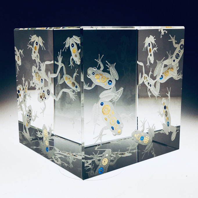 """Box of frogs"" 12cm optical crystal. 24ct gold, blue silver leaf. new ashgate gallery"