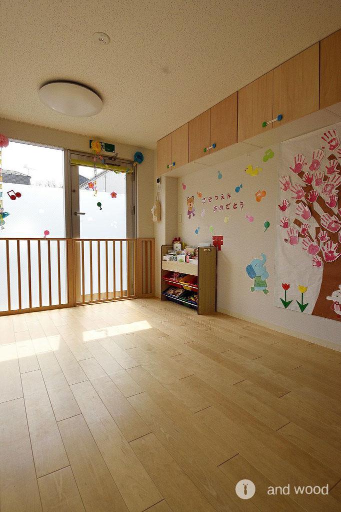 バーチ 単板貼 フローリング 幅広 床暖房 保育園 施工例 アンドウッド andwood