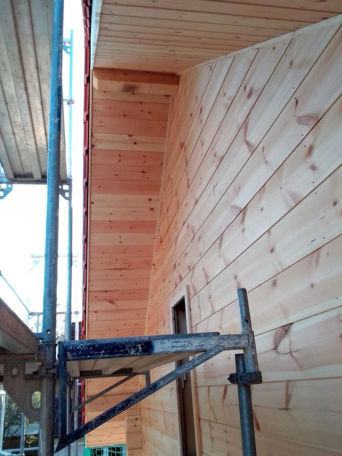Zimmerei - Holzbau - Blockhausbau - Wohnhäuser - Bauen - Jobsuche - Hausbau - Montage von Holzbauteilen - Bauelemente - Dämmstoffe - Das Erstellen und Einziehen von Wandverkleidungen und Trennwänden - Innenausbau