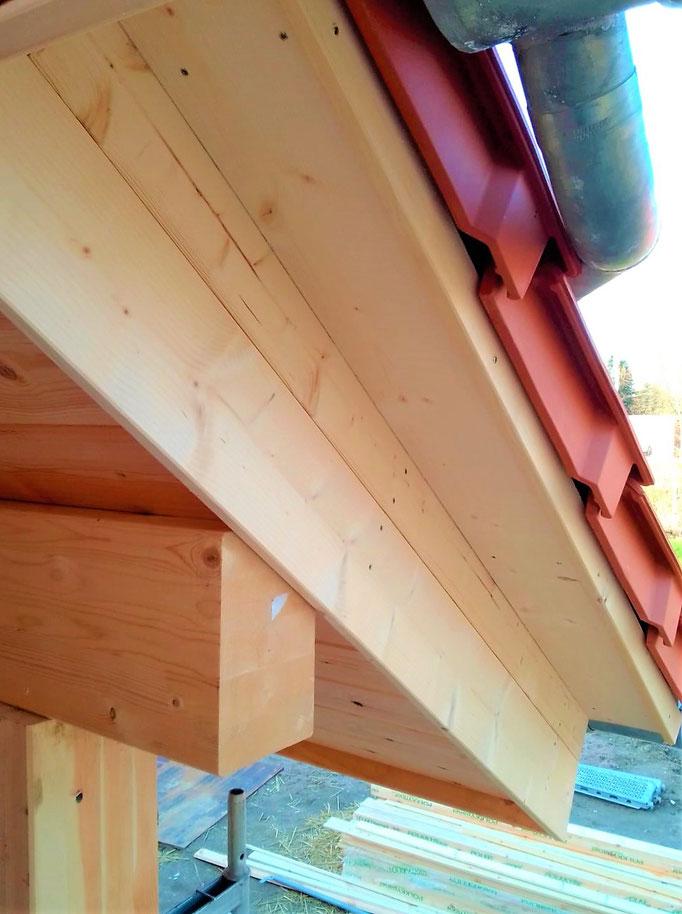 Zimmerer gesucht - Blockhausbau - Blockhaus bauen - Holzbau - Holzhäuser in massiver Blockbauweise - Der Einbau fertiger Bauelemente  auch Dämmstoffe - Wohnhäuser - Ökologisches Bauen