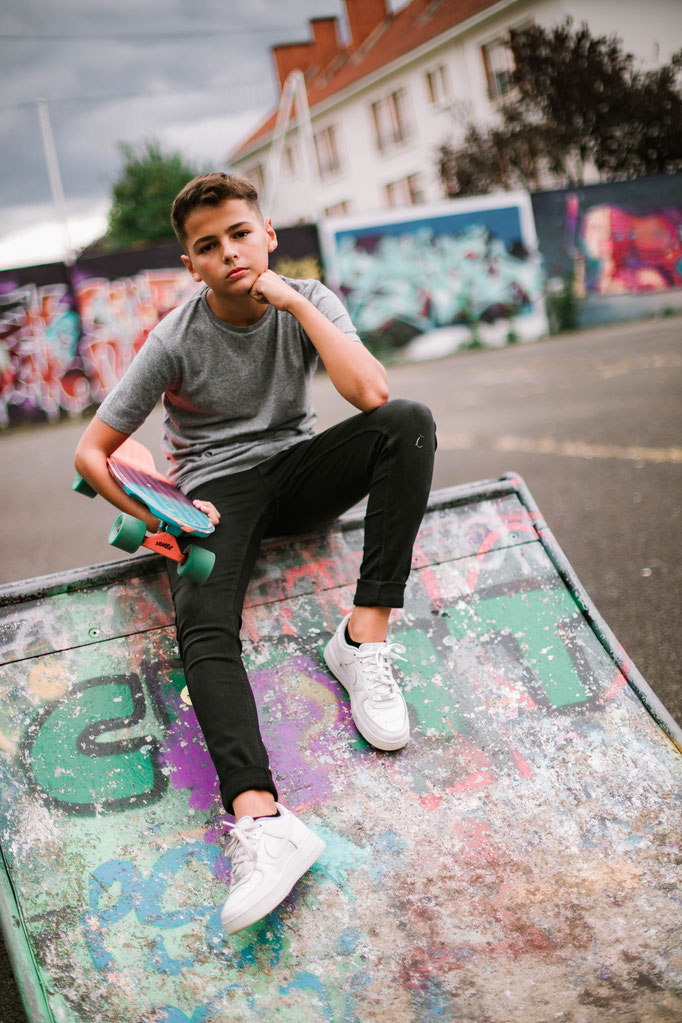 Delphine Grigné, photographe en Sarthe, séance photos urbaine portrait adolescent