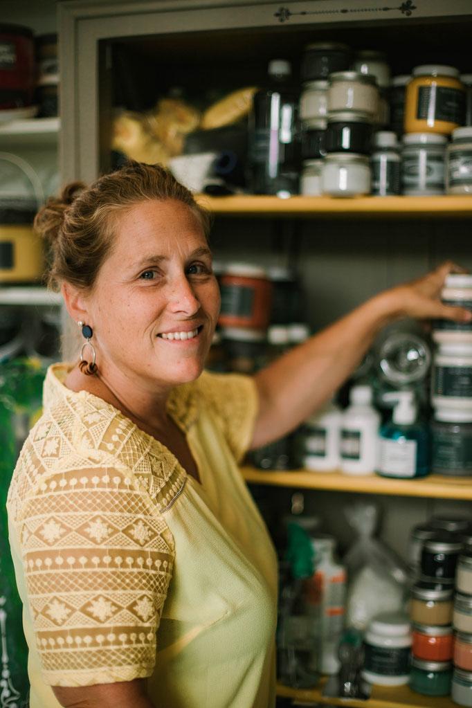 Delphine Grigné, photographe en Sarthe, séance photos portrait artisans Lucie de l'atelier Lu-Cie-Ol