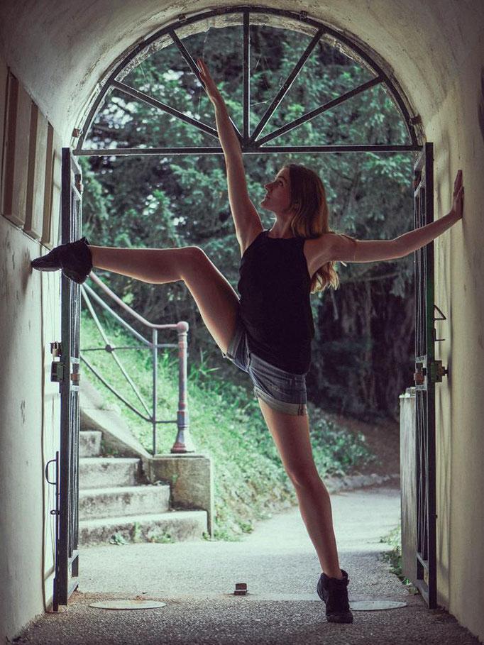 Delphine Grigné, photographe en Sarthe, séance photos portrait danseuse