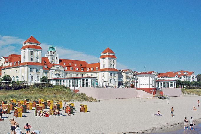 Kurhaus am Strand in Binz
